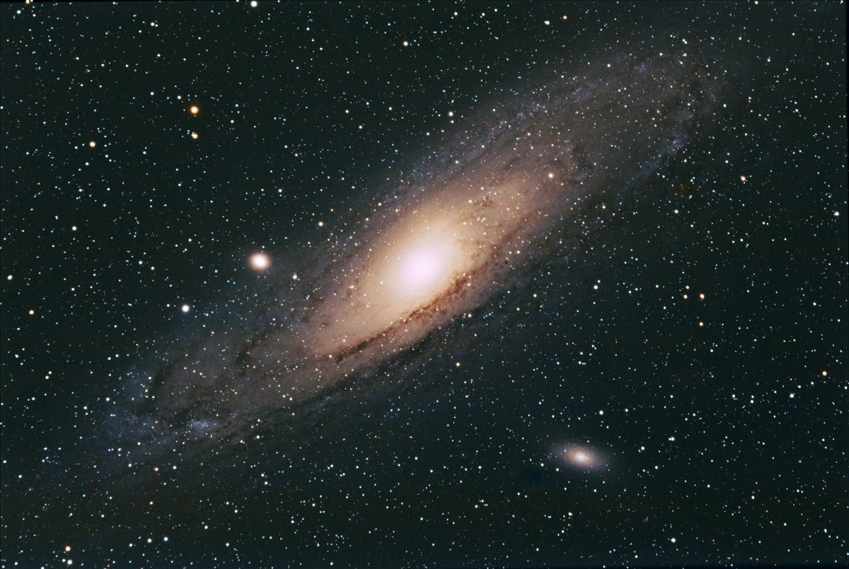 M31 High Halden 1 10 11 31 x 5mins 800 ISO ED80 colour adjusted
