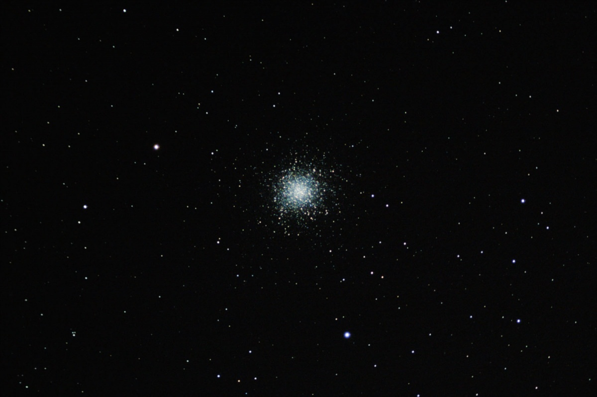 M13 cropped 2x drizzle (small)