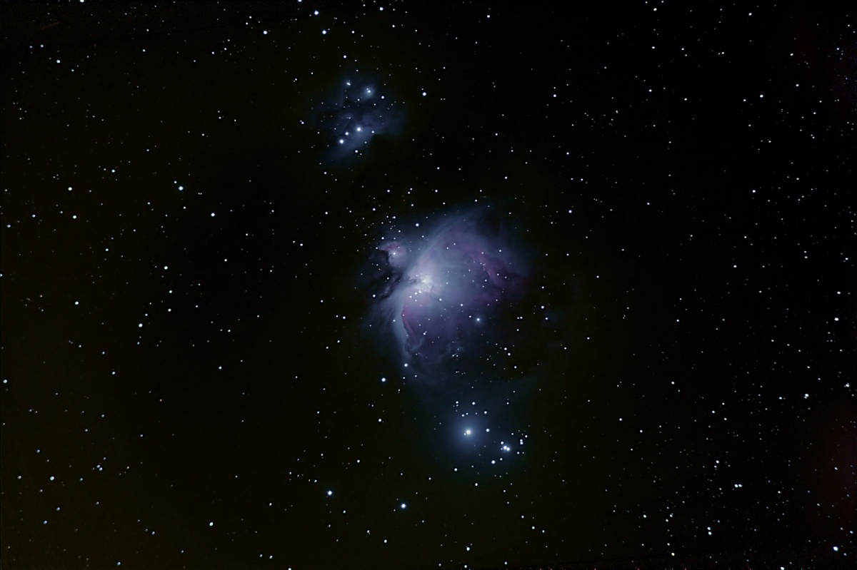 M42 with flats and darks, best 57 light frames, 20.5 mins exposure combined, auto adaptive stacking small