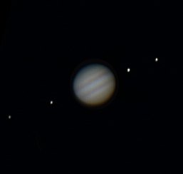 jupiter 1 8 09 moons.  Using Toucam and overexposed the moons
