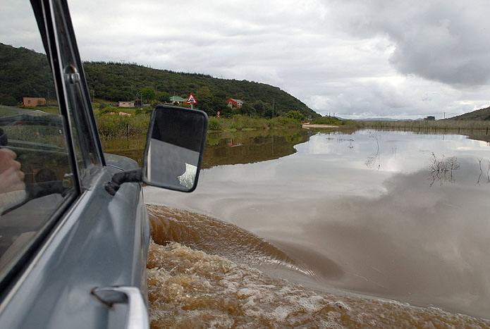 driving through the water in a 70s Jeep DSC 0139