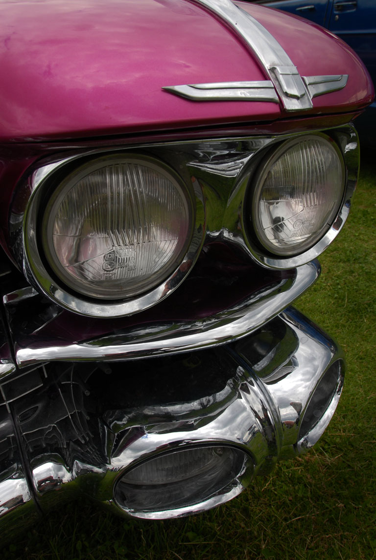 Robot eyes on a 50's monster, Bromley