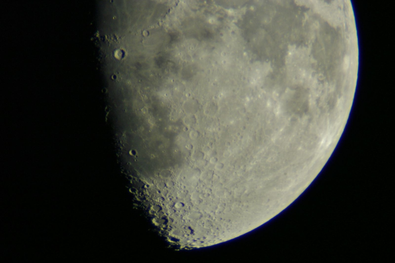 moon shots after 9.30pm 19.05.2013 011