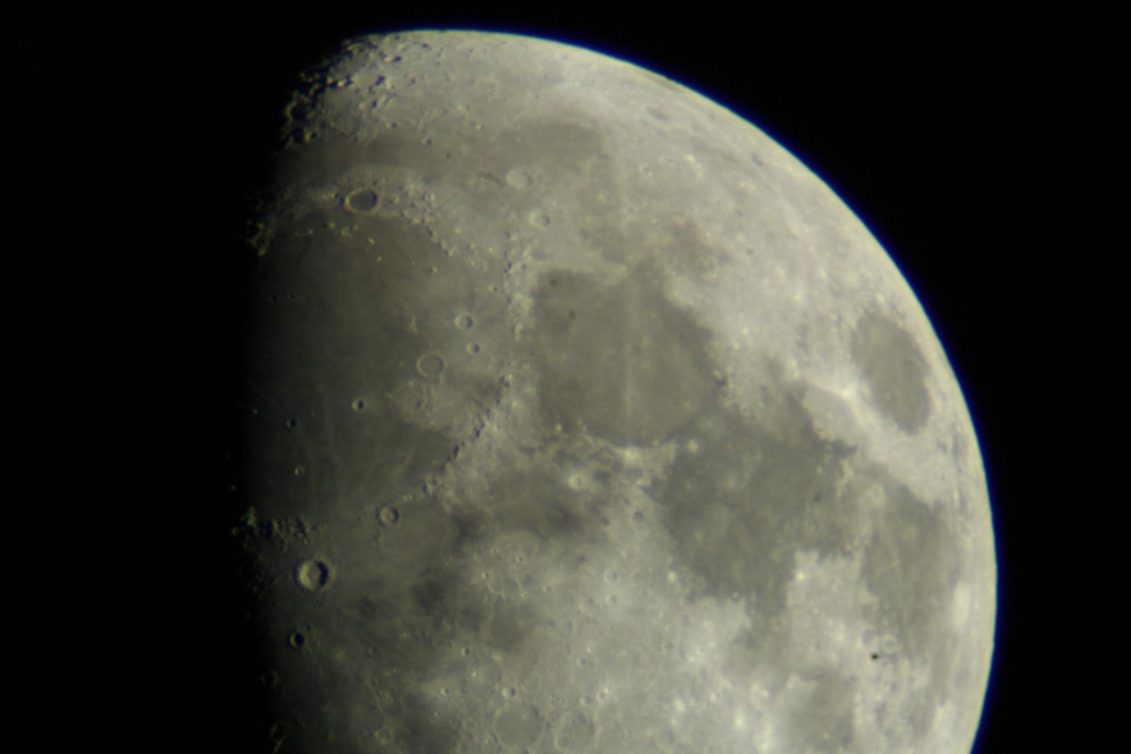 moon shots after 9.30pm 19.05.2013 014