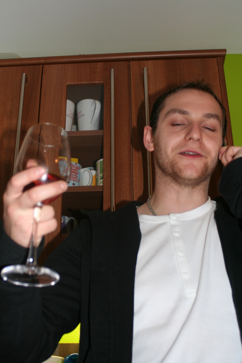 Me having a few glasses and in diar need of a shave!