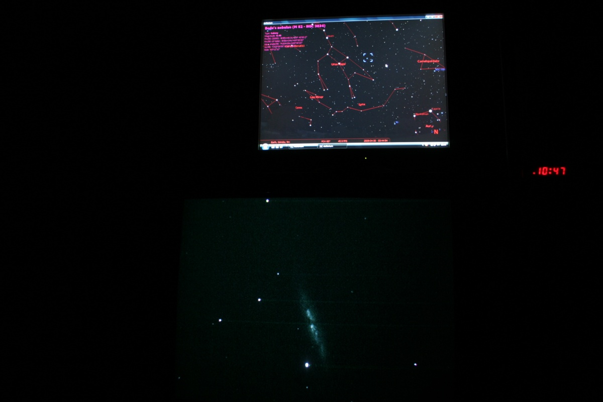 Shed TV image of M82 Galaxy with Stellarium showing location