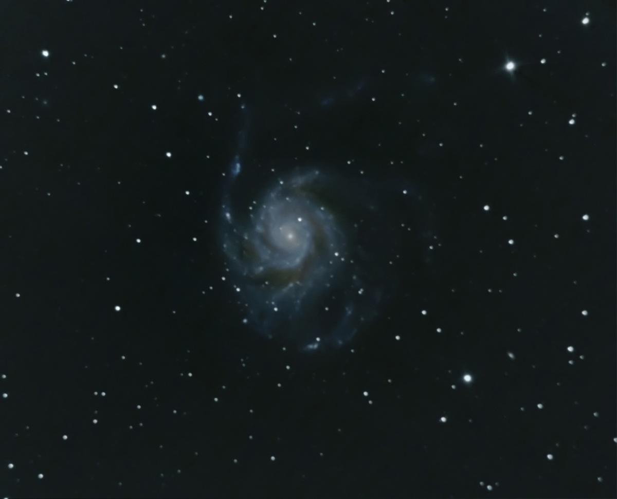 First iteration of M101, imaged over two nights with a mixture of 90 sec and 30 sec subs (total just over the hour). Helluva bugger to find this one!