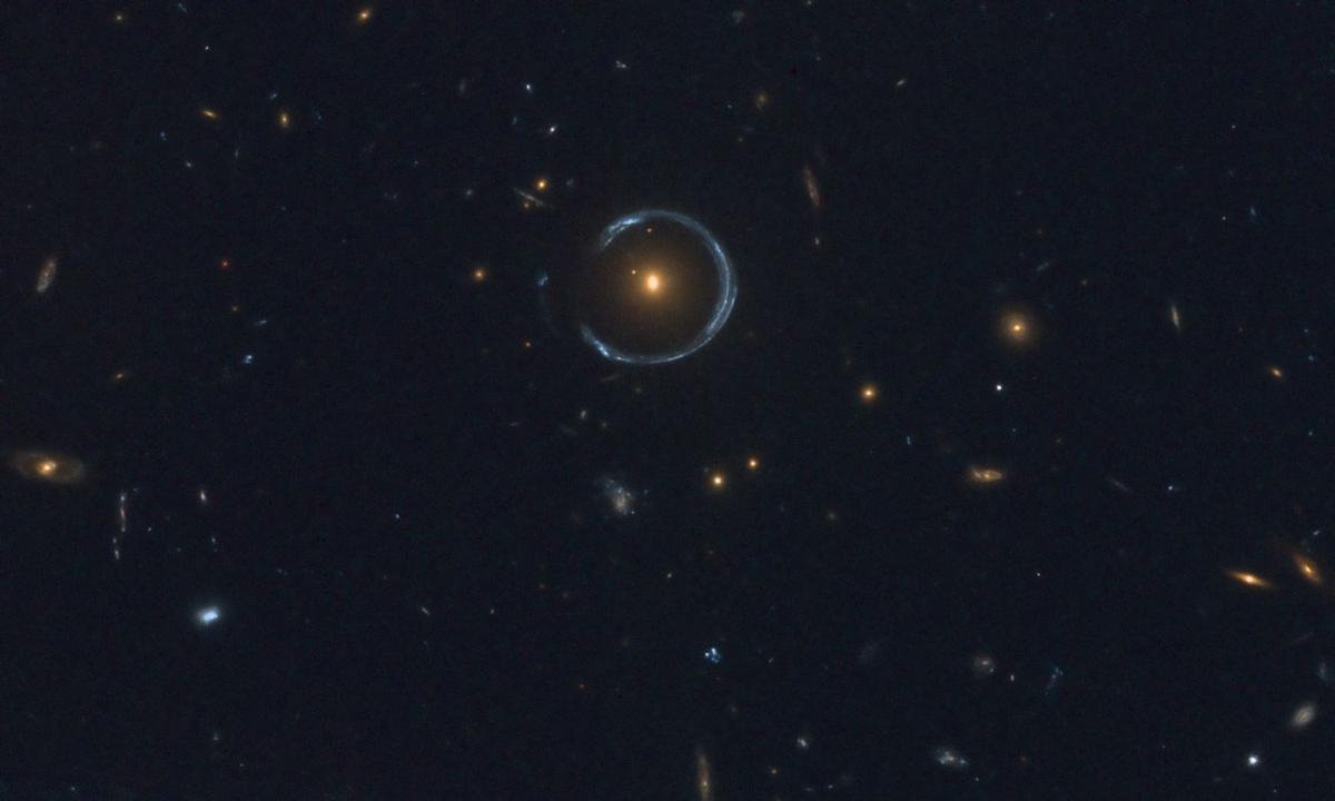 Einstein ring - Imaging - Sketches and Unconventional ...