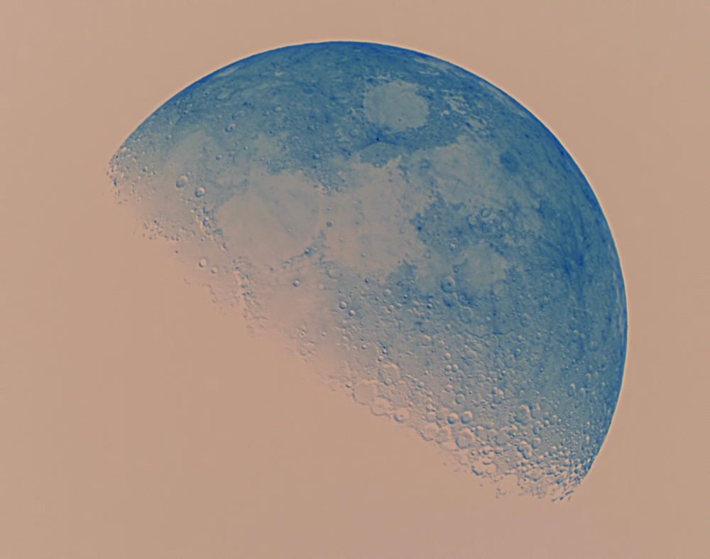 moon 14-5-16 1700 3 inv.png