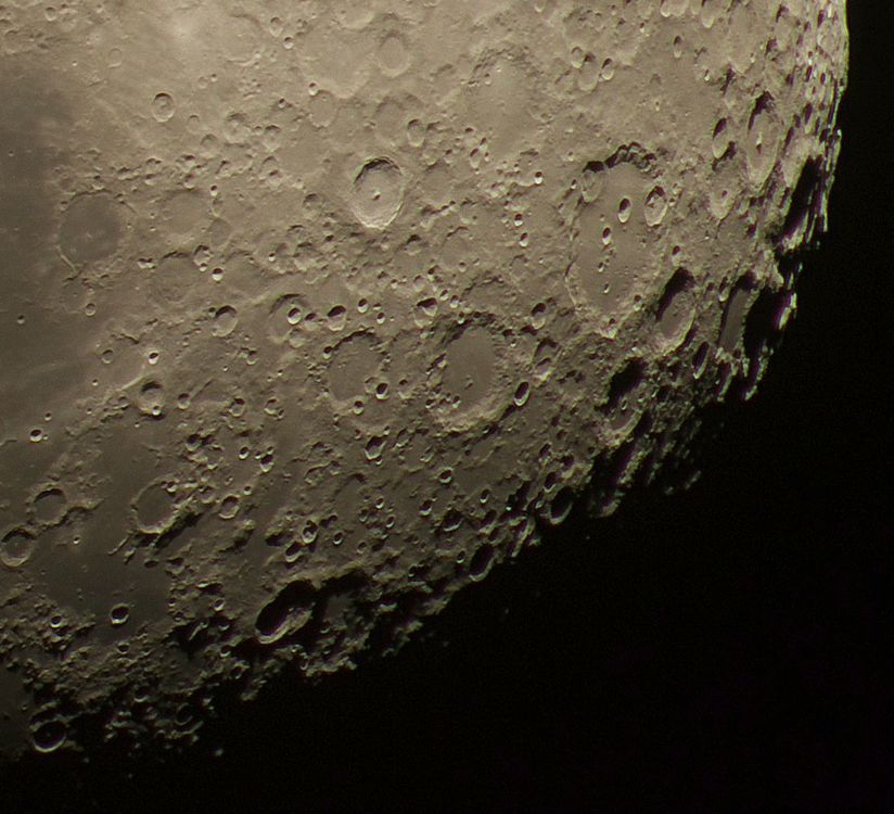 Moon 10-Nov-2016 south pole.jpg
