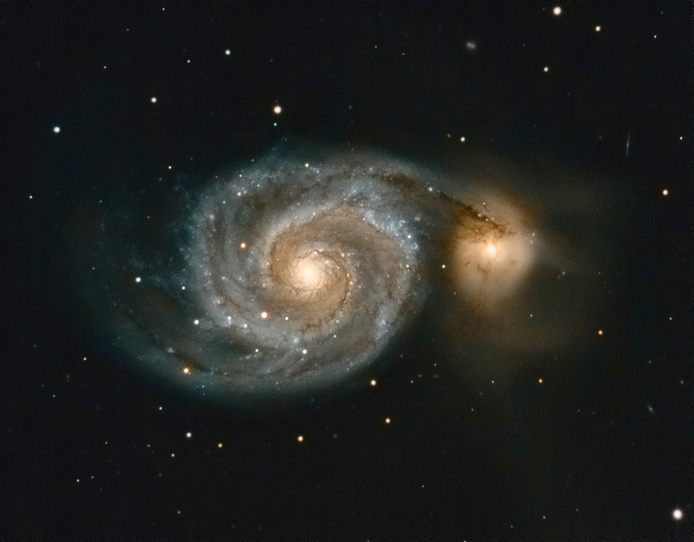 M51 330x 60s - gain 30 - 60x dark - 500x flat LRGB march 2017.jpg