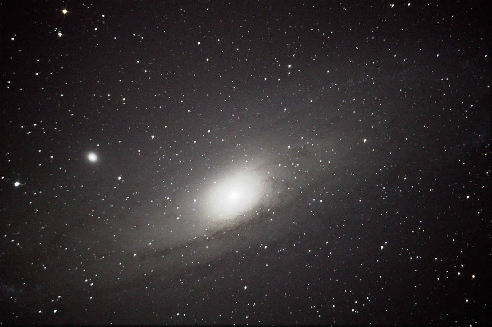 Andromeda, cleaned for noise pollution and stacked with Deep Sky Stacker