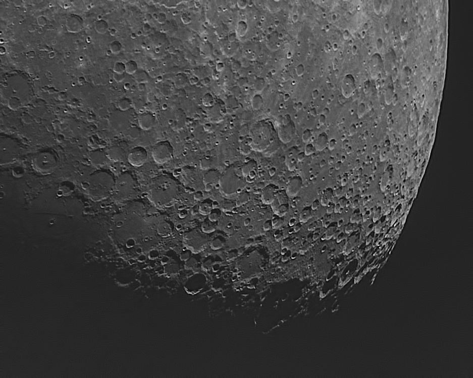 590b84dc5aa82_moon4-5-17n17.00monocu3.thumb.png.fac76e7272471381e73a49d046c968bb.png