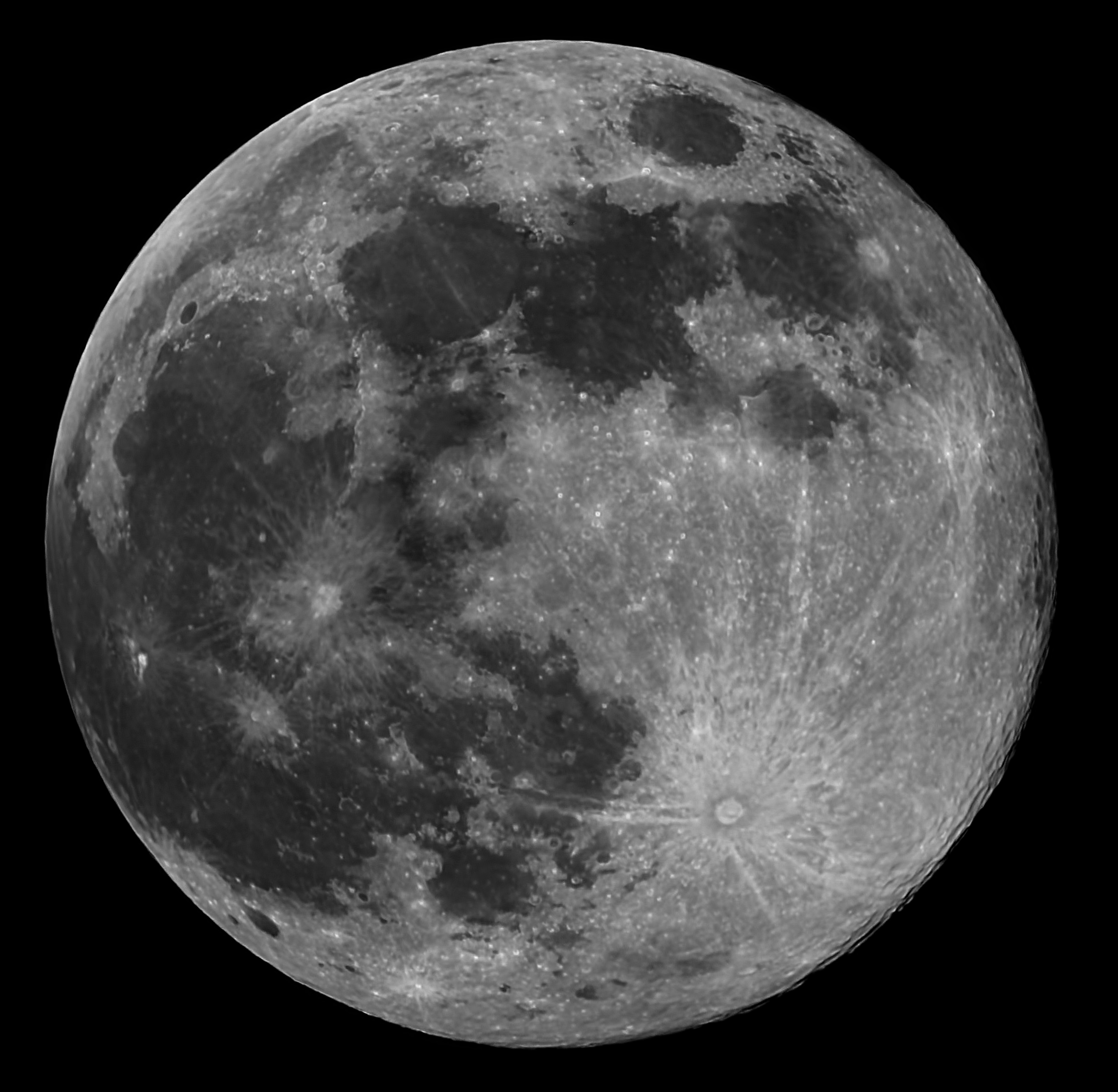 Full Moon In Colour And Mono 10 5 17 Quot Added Pics