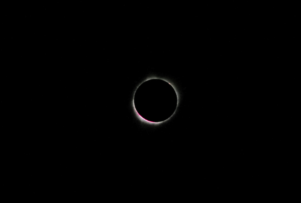 Bailey's Beads and prominence (1 of 1).jpg