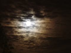 20170609 full moon clouds (7539)