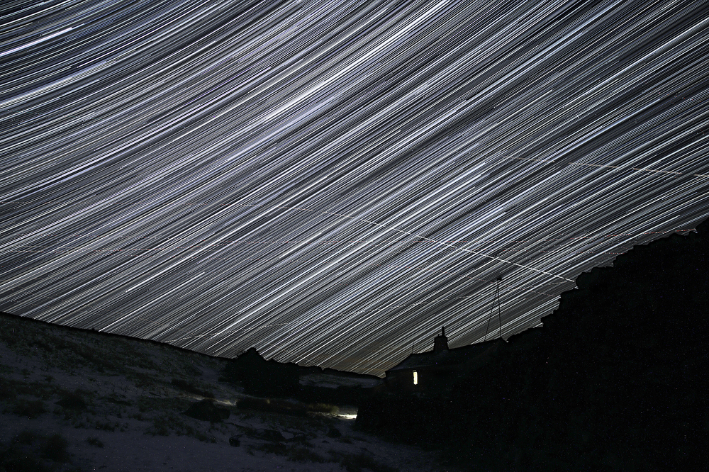 Barf End star trails 2400.jpg