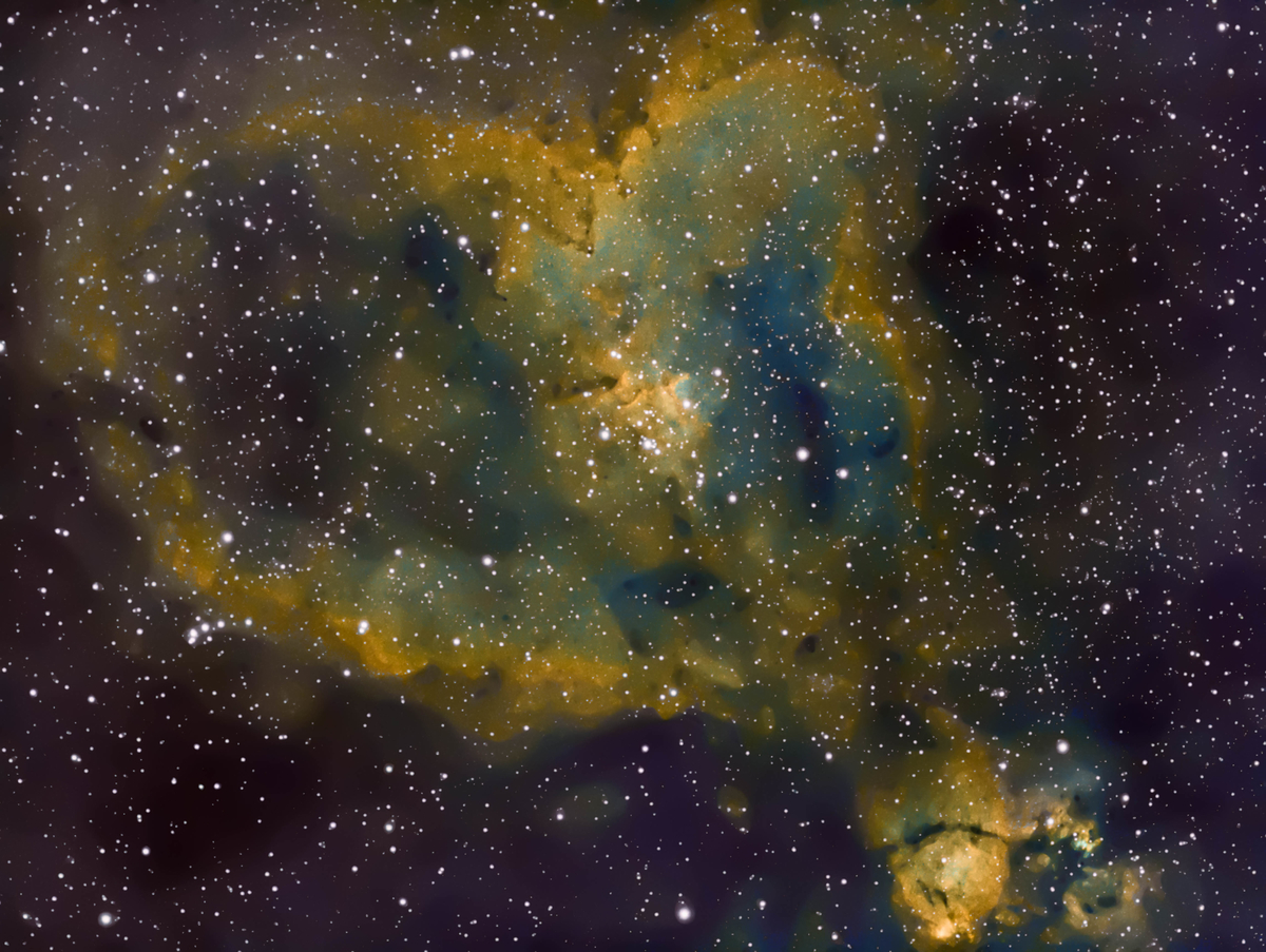 996388932_IC1805HubblePaletteCombine24-12-18(AlternativeDownscaled)-2-2.thumb.jpg.61d740d999cbff72c6bcfd68918103cf.jpg