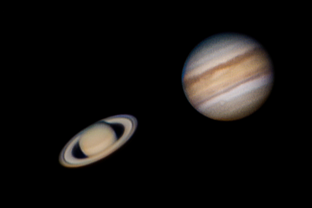 Jupiter and Saturn April 2019-1