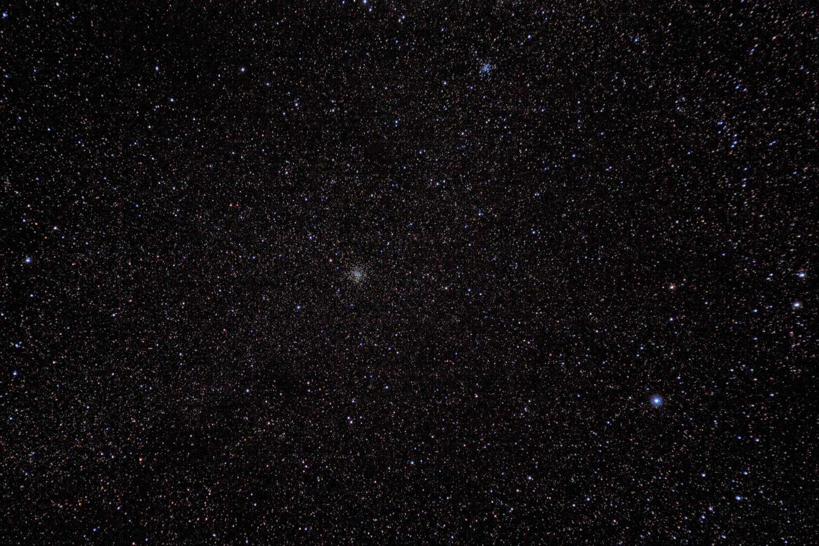 M37 and M36 widefield - 105mm F6.3. Nikon D3200 with Nikon 55-200mm lens. EQ3-2 unguided.